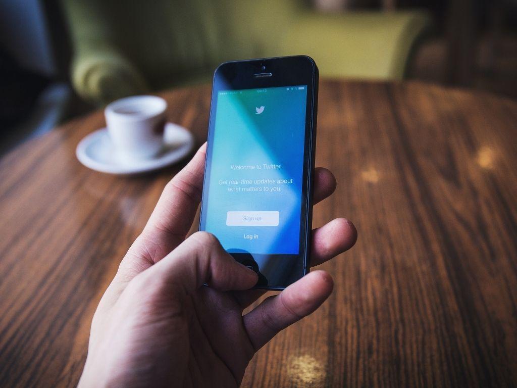 Iscriversi a Twitter: 5 motivi per farlo